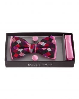 Pink Patterned Bow Tie, Handkerchief and Cufflink Gift Set